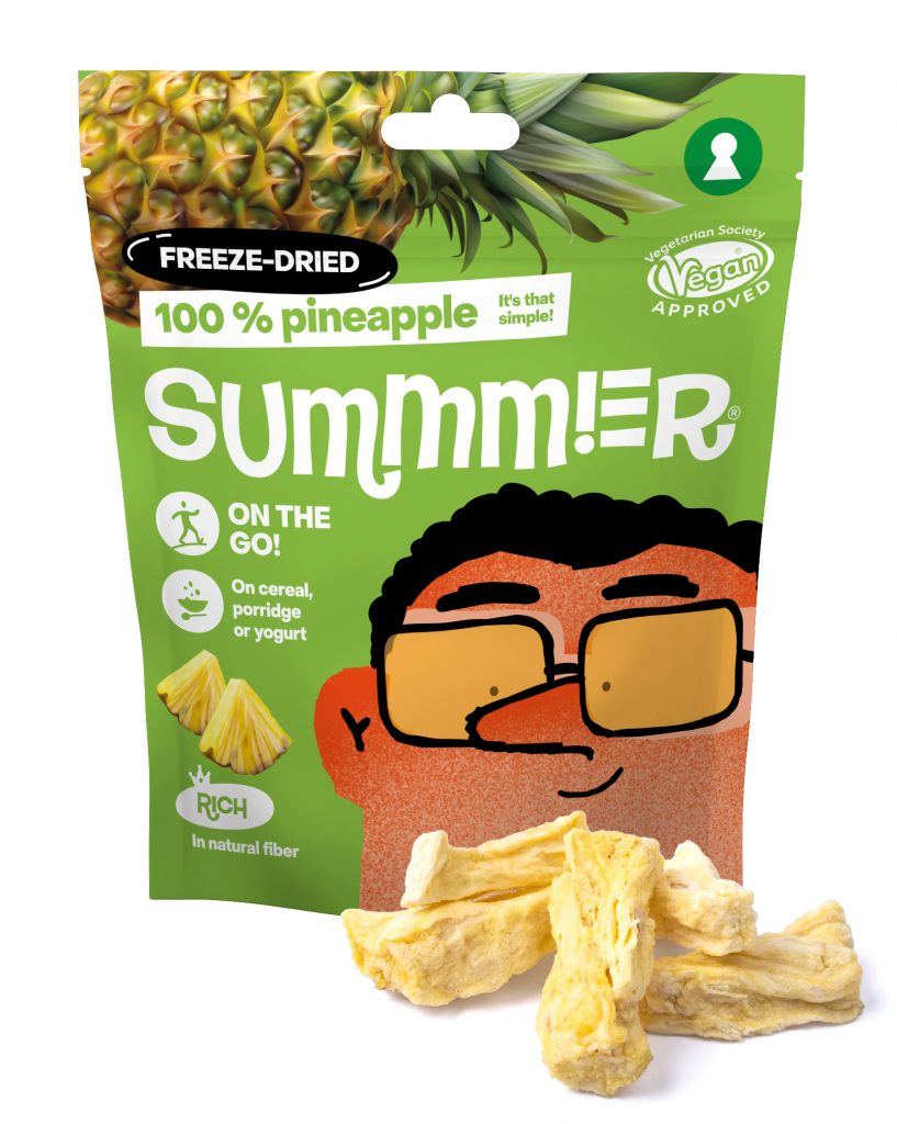 Summmer freeze-dried pineapples